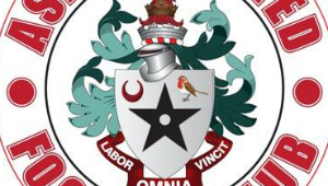 Ashton United badge1